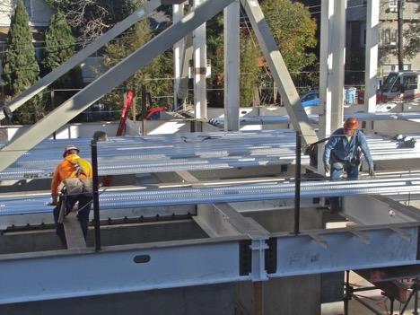 Steel building contractors in Dubai